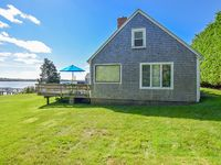 Adorable Cape Cod Cottage on Town Cove in Eastham