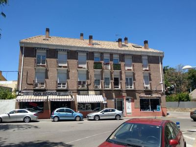 Photo for Apartment Apartamento Pinto Plaza Santiago  in Madrid, Madrid - 10 persons, 3 bedrooms