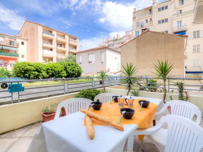 Photo for Apartment La Lanterne in Nice - 2 persons, 1 bedrooms