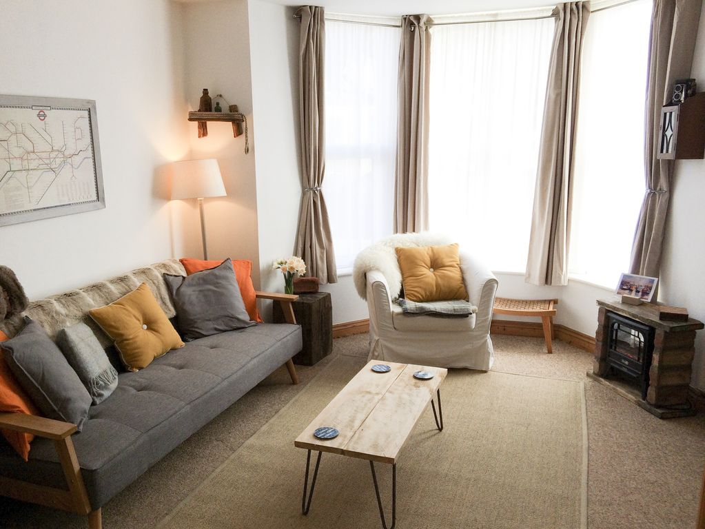 1 Sunset Apartments Pet Friendly In Newquay Ref 948605