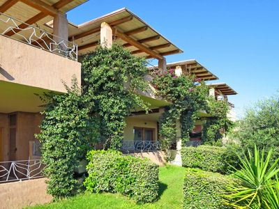 Photo for Beautiful apartment for 4 guests with WIFI, pool, A/C, balcony, pets allowed and parking