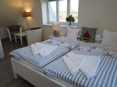 Photo for Comfort Room with Sea View - Ostseehotel Hunhoi