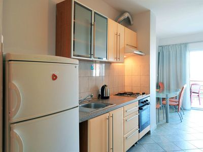 Photo for Apartments Simon / Two bedroom apartment with terrace. Br. 4