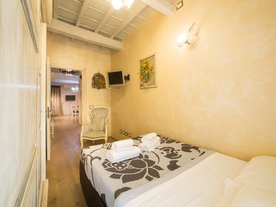 Photo for SANTA MARIA 50 - KEYS OF ITALY - Apartment for 4 people in Florencia