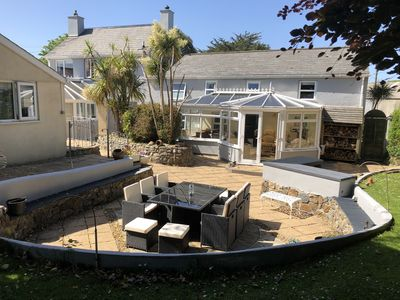 Photo for Large Family House - sleeps 10. Central Location. Dogs welcome!