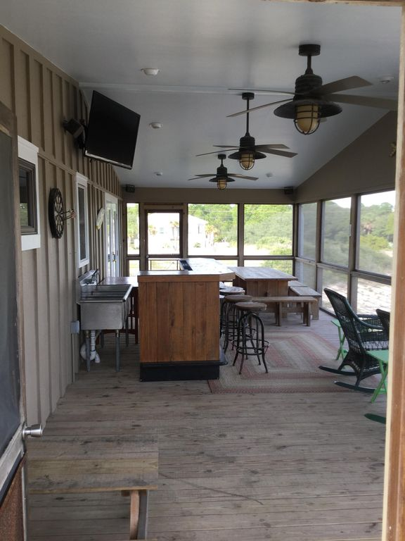 Gulf Beaches House Al Large Screened Porch W Bar Tv Sinks