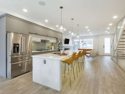 Photo for NEW LUXURY TOWNHOME 25