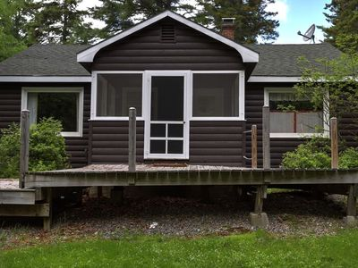 Photo for Cute pet friendly cabin in the Rangeley Manor cottage community