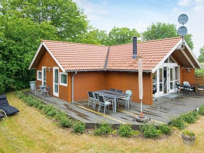 Photo for Vacation home Skovgårde in Allingåbro - 8 persons, 3 bedrooms