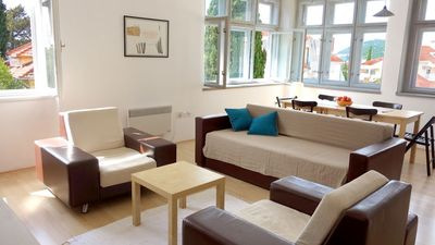 Photo for 100m2 apartment with plenty of sunlight, near top tourist attractions.