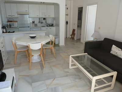 "Photo for Apartment right near the ""Playa Torreblanca / Los Olimpos"" in Fuengirola with Lift, Washing machine, Pool, Terrace (87025)"