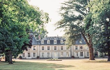 Unforgettable holidays in a French château.