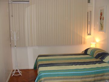 COMFORTABLE, MODERN AND CHARMING FLAT IN GLORY TO LAPA SIDE WITH BEAUTIFUL VIEW