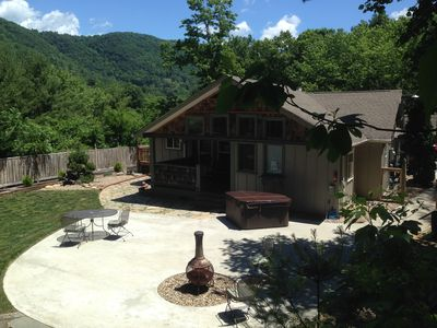 Photo for Romantic Escape-Private with Hot tub & Fireplace and Fenced Yard. (sleeps 2)