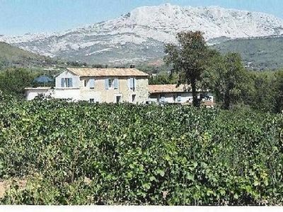 Photo for Farmhouse in country house close to Aix en Provence