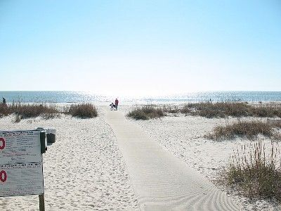 Photo for $100$ OCTOBER RATES-Wifi/w/d/BEACH GEAR-BEST BEACH in HHI! 74 GREAT REVIEWS!!