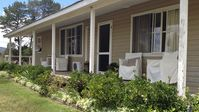 Lovely farm stay, comfortably appointed cottage