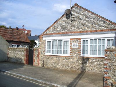 Photo for In a quiet street this pretty bungalow is located close to the beach & the town centre of Sheringham