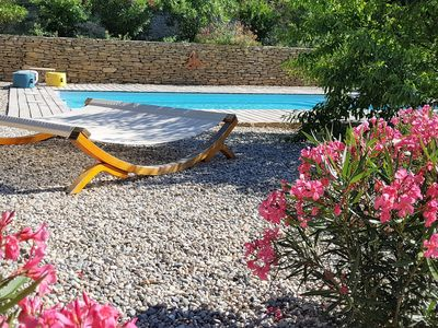 Photo for 2 tastefully furnished gites with private pool, 1km from Faucon
