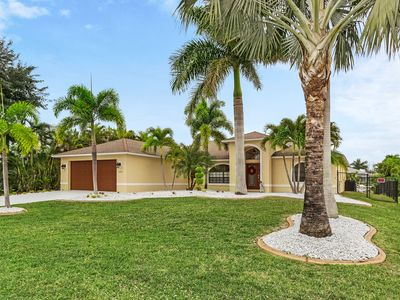 Photo for Exquisite Vacation Home W/ Private Pool & Direct Canal Access! Perfect Getaway!