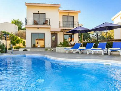 Photo for Situated in a prime location, villa Jupiter is located just a short walk away from the traditional Cypriot village square in Pissouri offering a selection of shops, bars and tavernas.