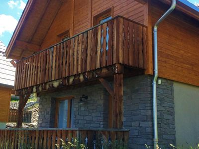Photo for Beautiful chalet on the edge of the center of Pra Loup