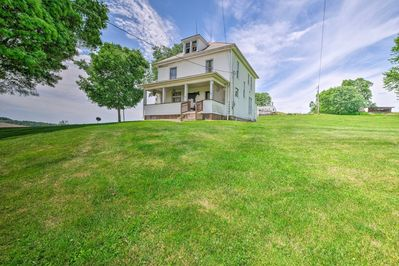 Enjoy a bucolic getaway at this Mount Perry vacation rental home!