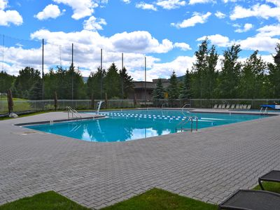 Photo for Splendid Indian Springs condo w/access to a shared pool, hot tub, tennis & more!