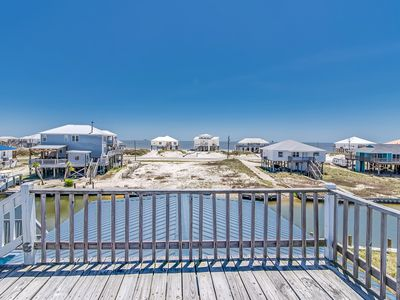 Photo for Waterfront house w/ great views of the Gulf & bay, private hot tub, free WiFi
