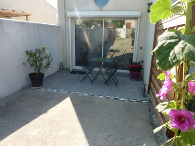 Photo for independent studio, coastal village 15 minutes from La Rochelle and Ile de Ré,