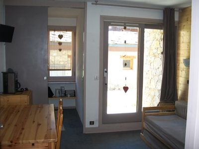 Photo for Appt 27 m², sleeps 4/5, ground floor, ski slopes, ESF side, park. covered
