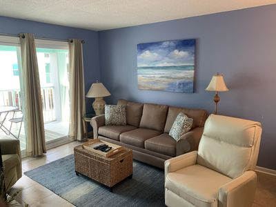 Fantastic Rates! BOOK NOW AND SAVE!*RENOVATED with POOL* 2BR/1BA*