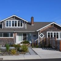 Photo for 5 Bed/2.5 Bath -Beautifully Remodeled, Peek Ocean View from Upstairs