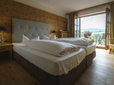 Photo for Junior Suite with Lake / Mountain View - Parkhotel am Soier See