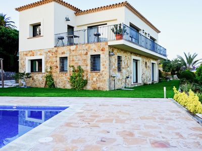 Photo for Villa located in a quiet area with fantastic panoramic views