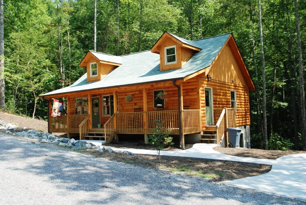 Rooster Ridge A Sensational Cabin Get Away Near Chimney Rock
