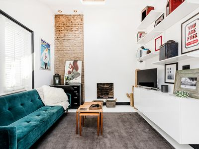 Photo for Bright and stylish 1 bedroom apartment in Notting Hill