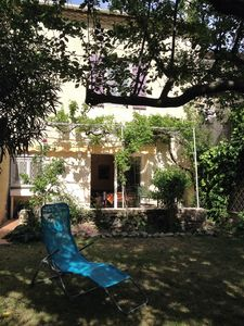 Photo for House with quiet and sunny garden, in the immediate vicinity of Avignon