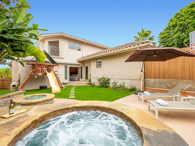 Photo for 15% OFF to AUG 15th - Sunset Cliffs Getaway, Hot Tub, BBQ,& Walk to Beach