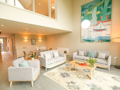 Photo for MODERN 3 BEDROOM PENTHOUSE