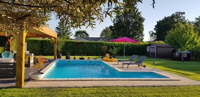 Photo for Villa with heated pool, near Bassin d Arcachon and Dune du Pyla
