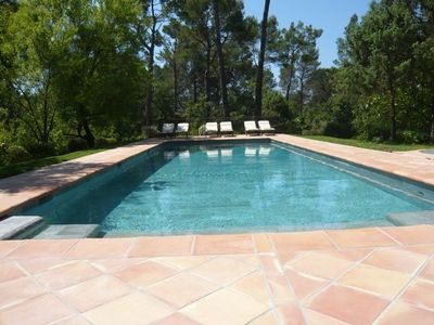 Photo for Luxury Provencal house in large private grounds with pool