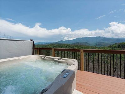 Photo for 3 Bears Chalet, 5 Bedrooms, Mountain View, Pool Access, Sleeps 14