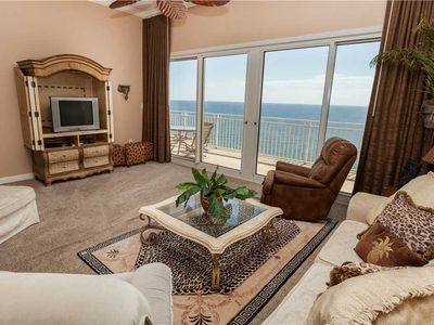 Photo for Spacious Safari Style Beach Unit With Lush Furnishings And Awesome Views