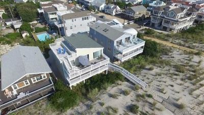 Photo for Oceanfront, Surf City - Gorgeous Views - Private Beach Access