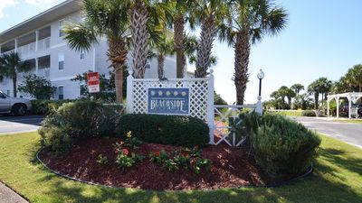 Photo for Newly Decorated Unit~Gulf Views~Walk to the Beach!