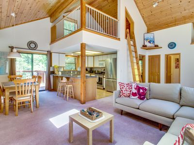 Photo for Roomy mountain home w/ shared pool, sauna, hot tub - on-site golf, near slopes!