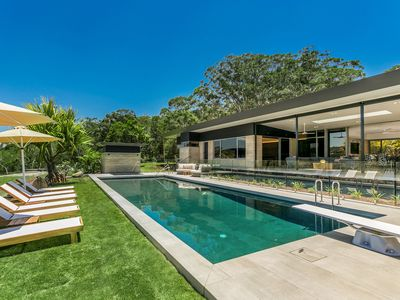 Photo for Narringa Ridgeview - tennis court, rugby field, pool & spa