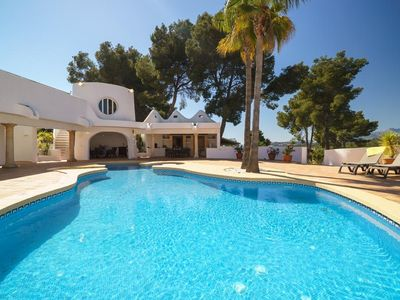 Photo for 3 bedroom Villa, sleeps 8 in Moraira with Pool, Air Con and WiFi