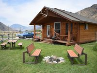 Beautiful views, awesome cabin and convenient location!
